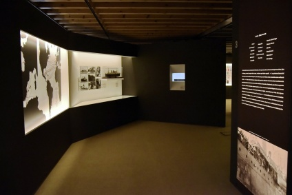 bov estudio - Expo Exilio 2 (Arquitectura)